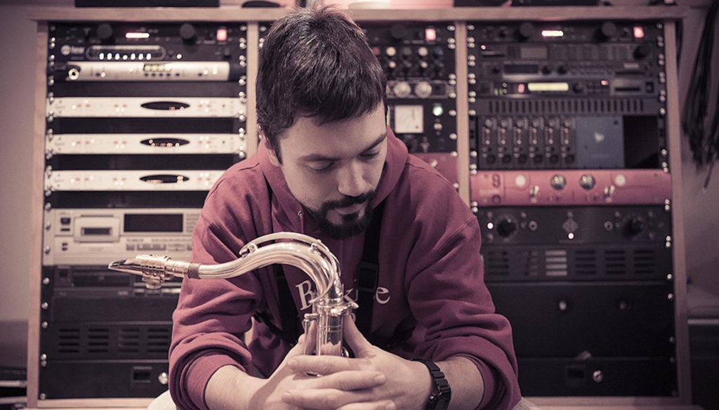 """Leonardo Radicchi: """"Ci serve la musica per raccontare il mondo"""""""